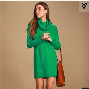 NWT Lulu's Tea Reader Kelly green sweater dress M